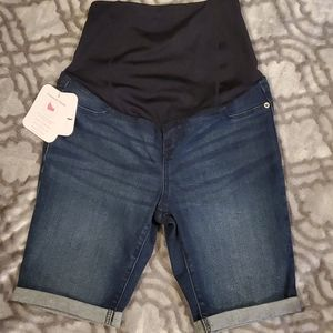 Isabel maternity shorts new with tags rolled cuff